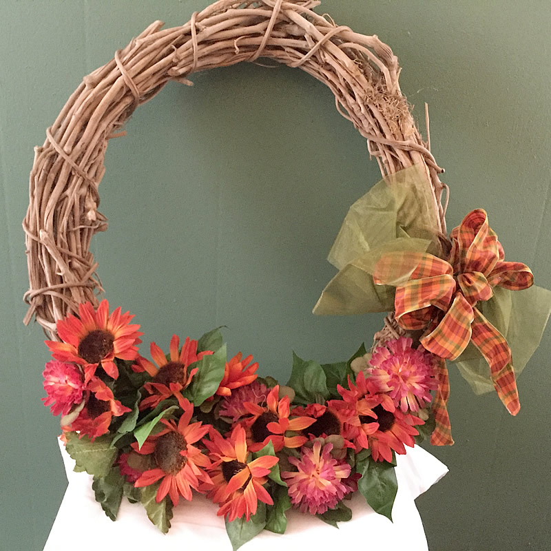 New Grapevine Wreath with Flowers and Bow – Wreaths by Jenn NS61